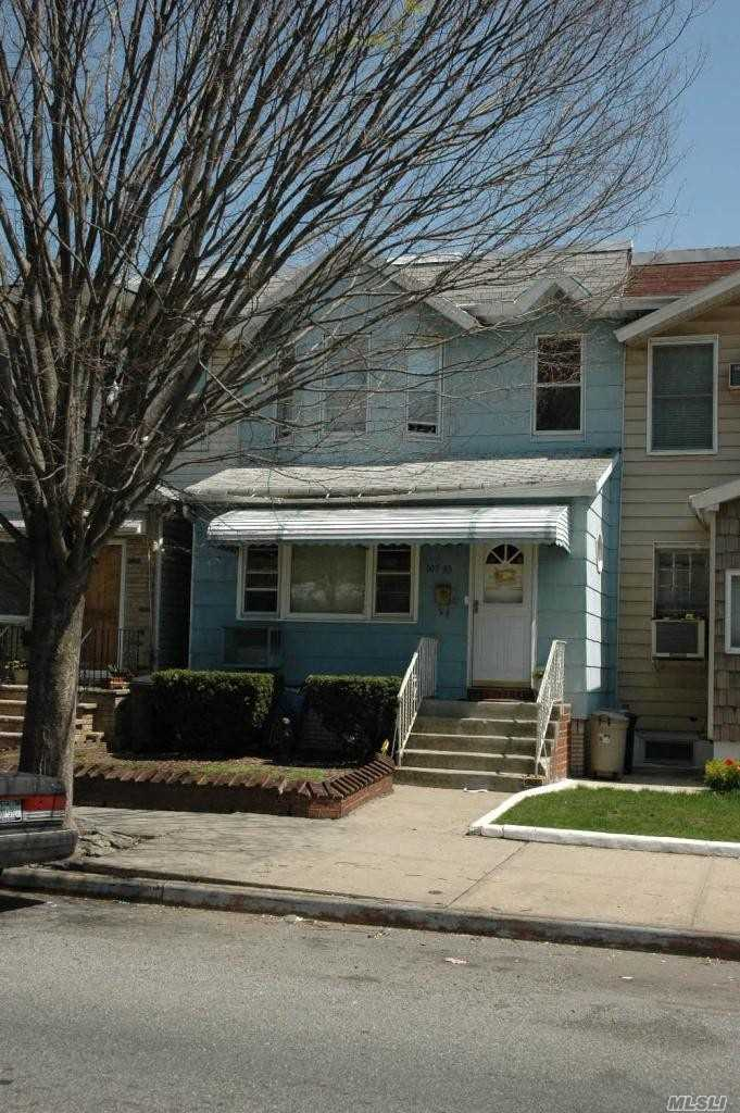 Photo of home for sale at 107-33 111Th St, Richmond Hill NY