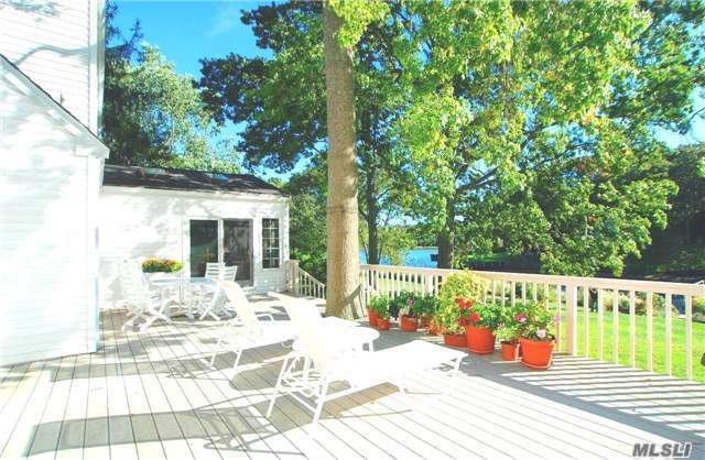 Photo of home for sale at 575 Hill Rd, Southold NY