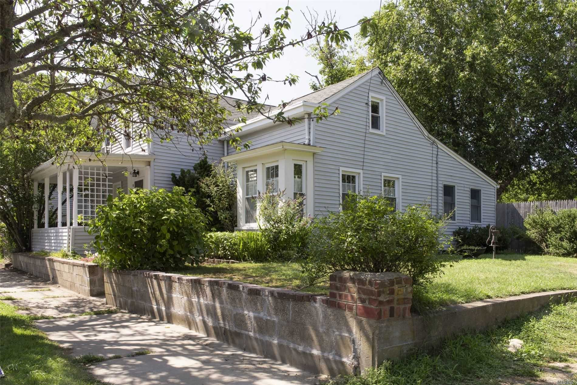 Photo of home for sale at 218 South St, Greenport NY