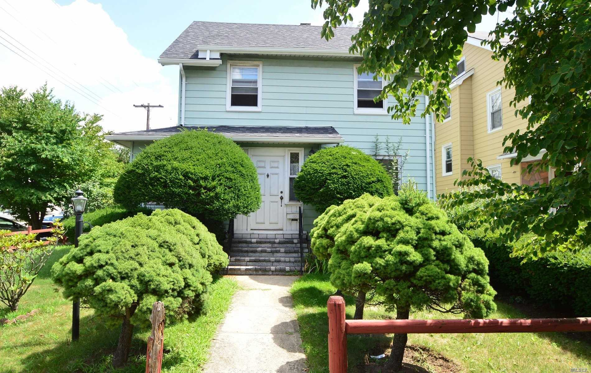 Photo of home for sale at 93-01 220 St, Queens Village NY