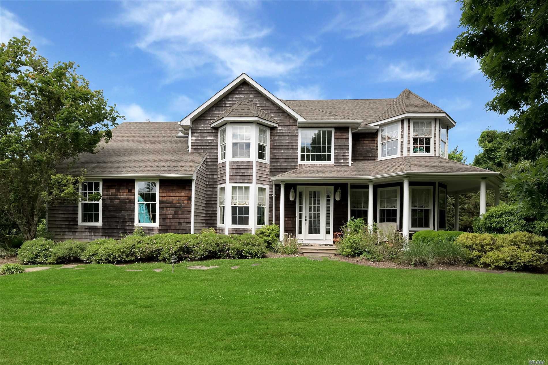 Photo of home for sale at 296 Saint Andrews Rd, Southampton NY