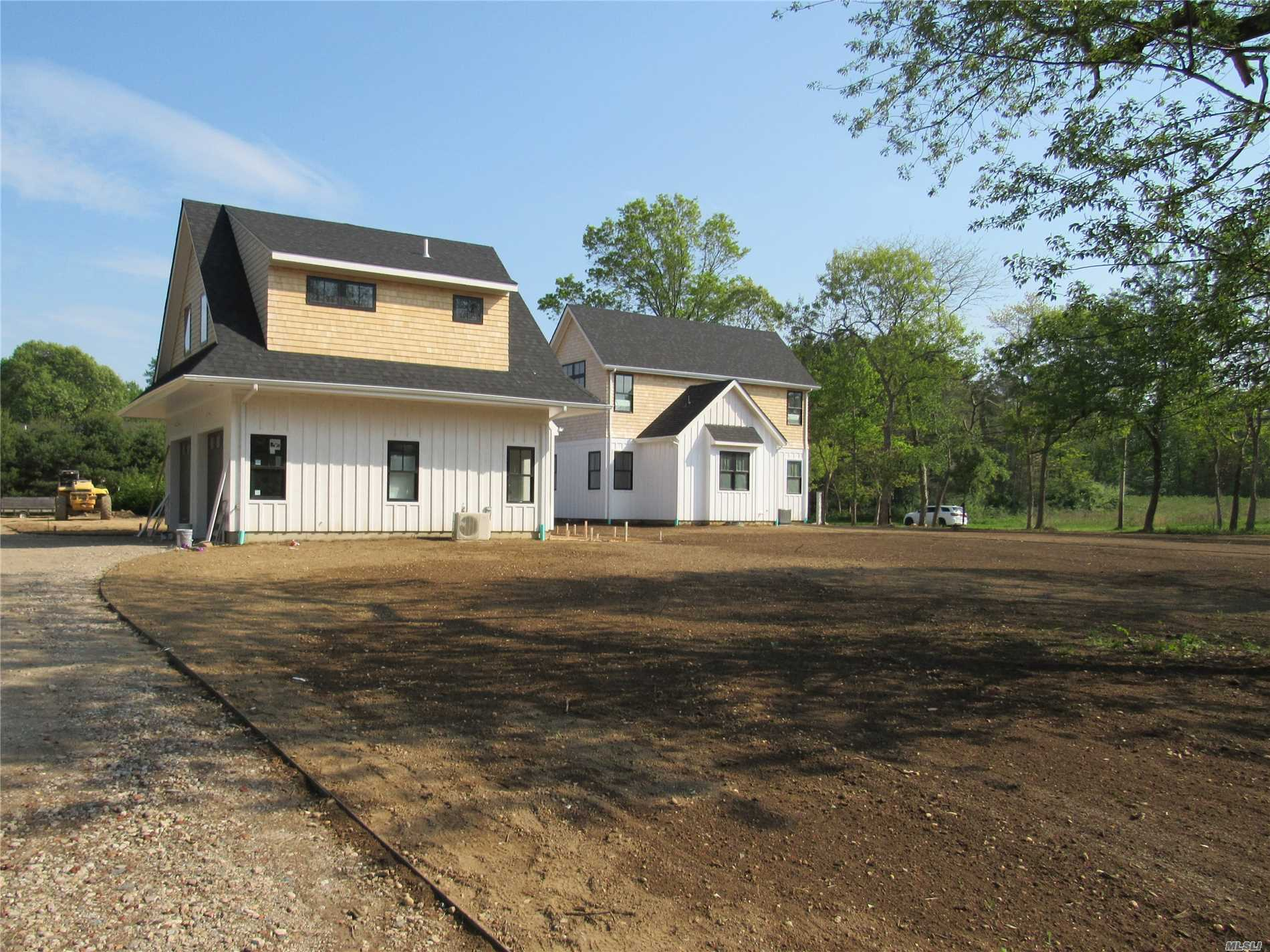 Photo of home for sale at 13 Brander Pky, Shelter Island NY