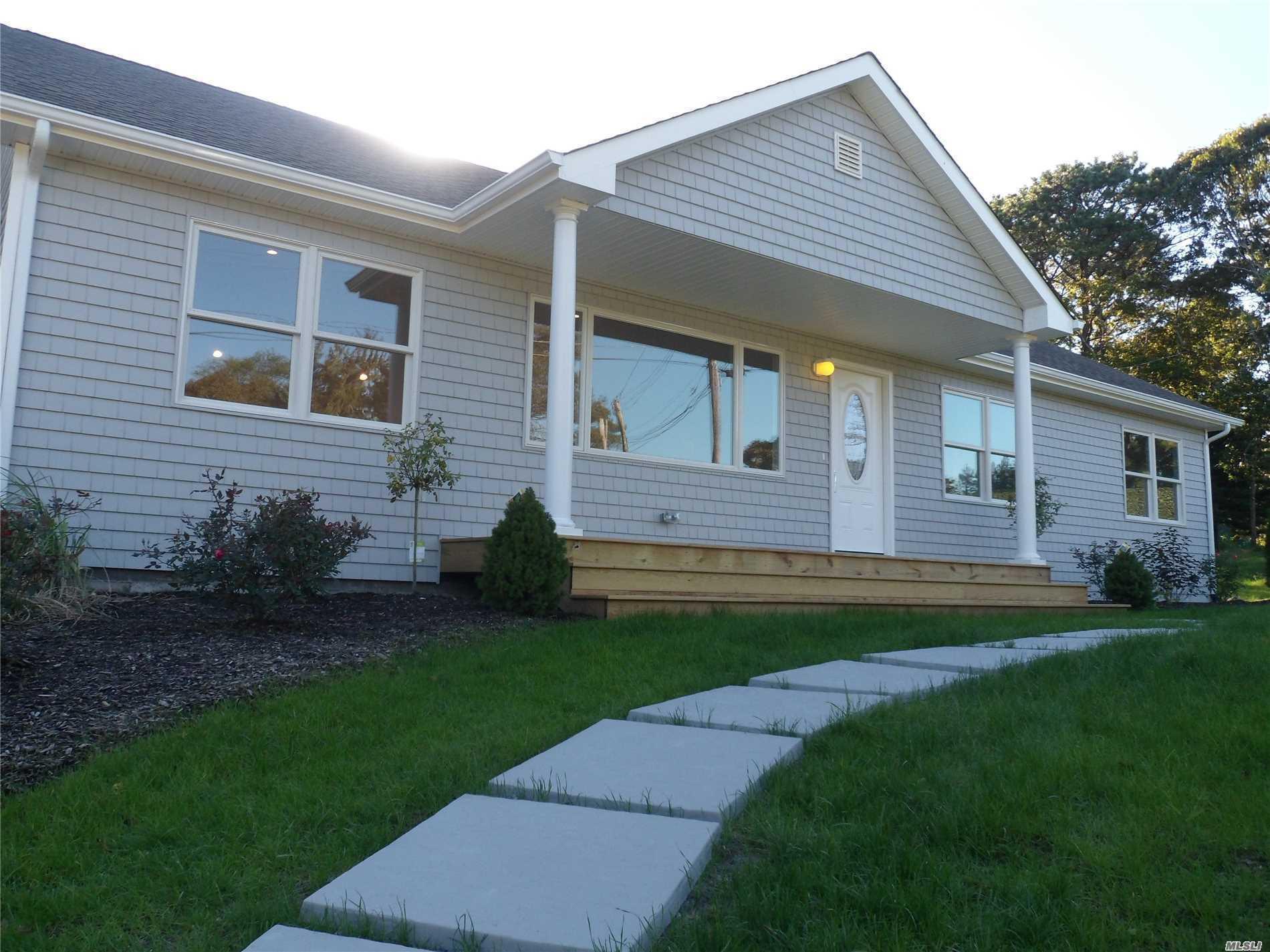 Photo of home for sale at 46 Lynn Ave, Hampton Bays NY