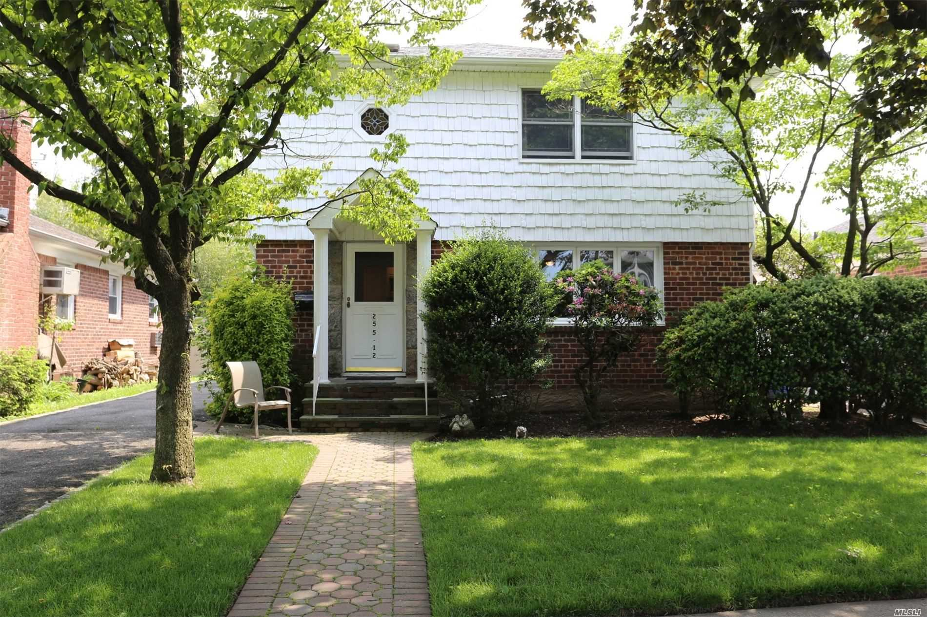Property for sale at 255-12 87th Dr, Floral Park,  New York 11001