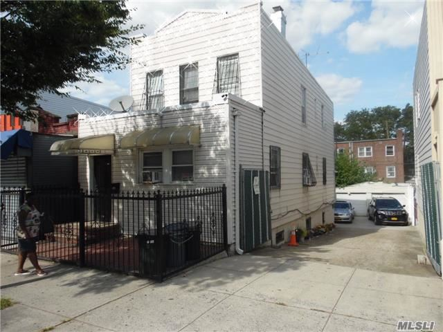 Photo of home for sale at 811 Ashford St, Brooklyn NY