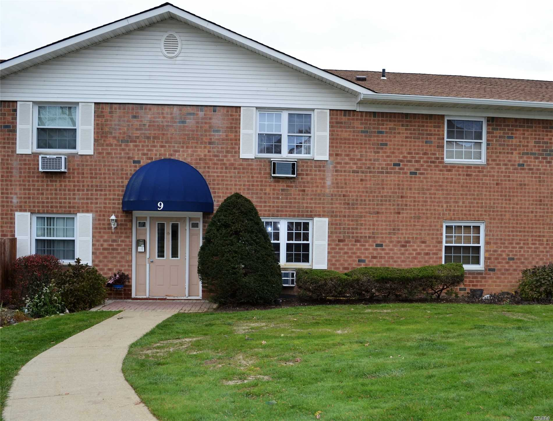 Property for sale at 460 Old Town Rd, Pt.Jefferson Sta,  NY 11776