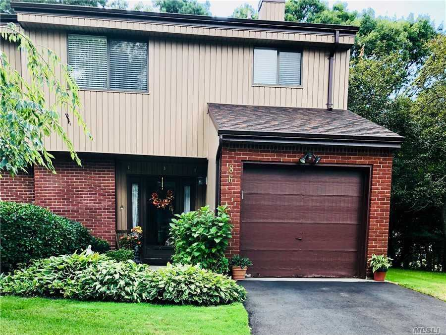 Property for sale at 86 Timber Ridge Dr, Holbrook,  NY 11741