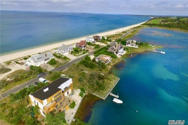 Photo of home for sale at 56 Cold Spring Pt Rd S, Southampton NY