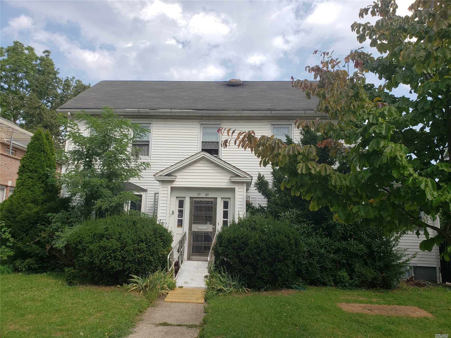 Photo of home for sale at 35-49 167 St, Flushing NY