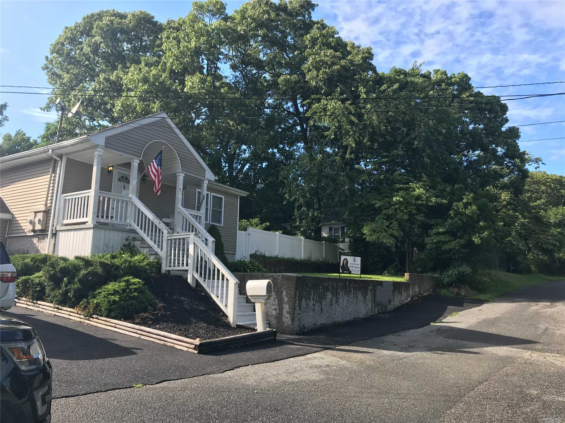 Photo of home for sale at 92 Rosewood Rd, Rocky Point NY