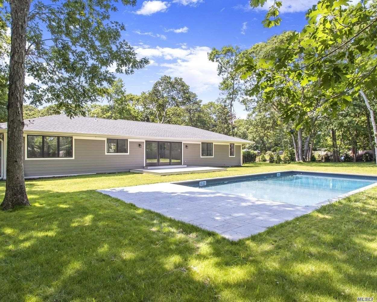 Photo of home for sale at 9 Fairline Dr, East Quogue NY