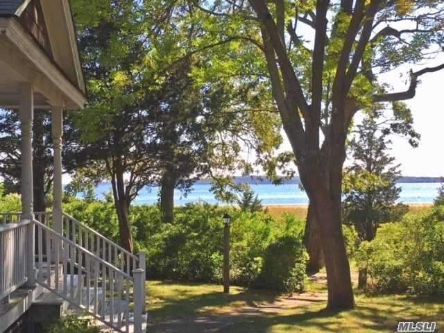 Photo of home for sale at 1695 Old Woods Path, Southold NY