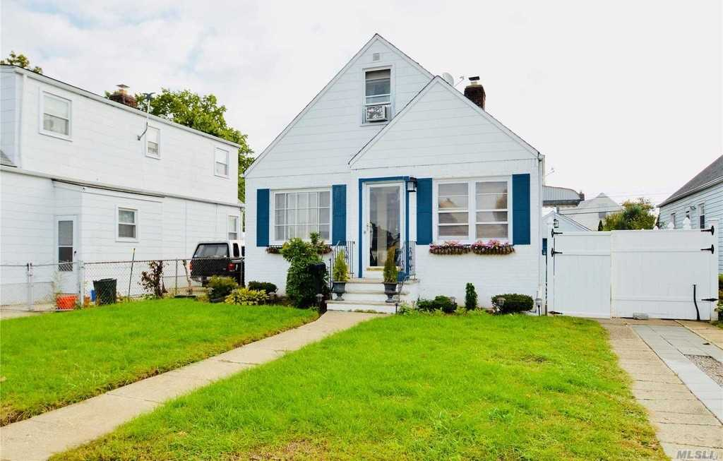 Photo of home for sale at 36 Virginia Dr, Elmont NY