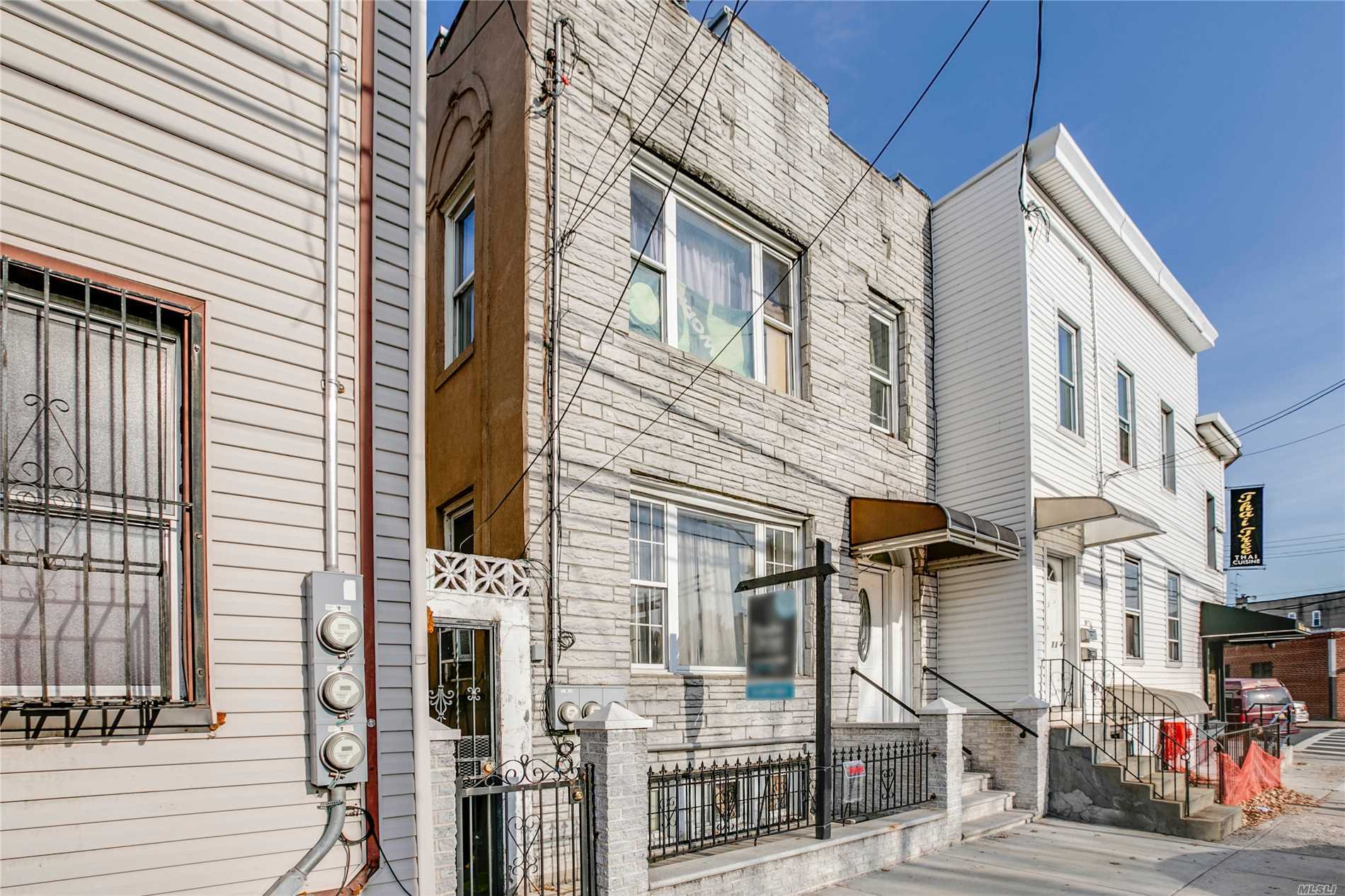 Photo of home for sale at 36-13 Greenpoint Ave, Long Island City NY