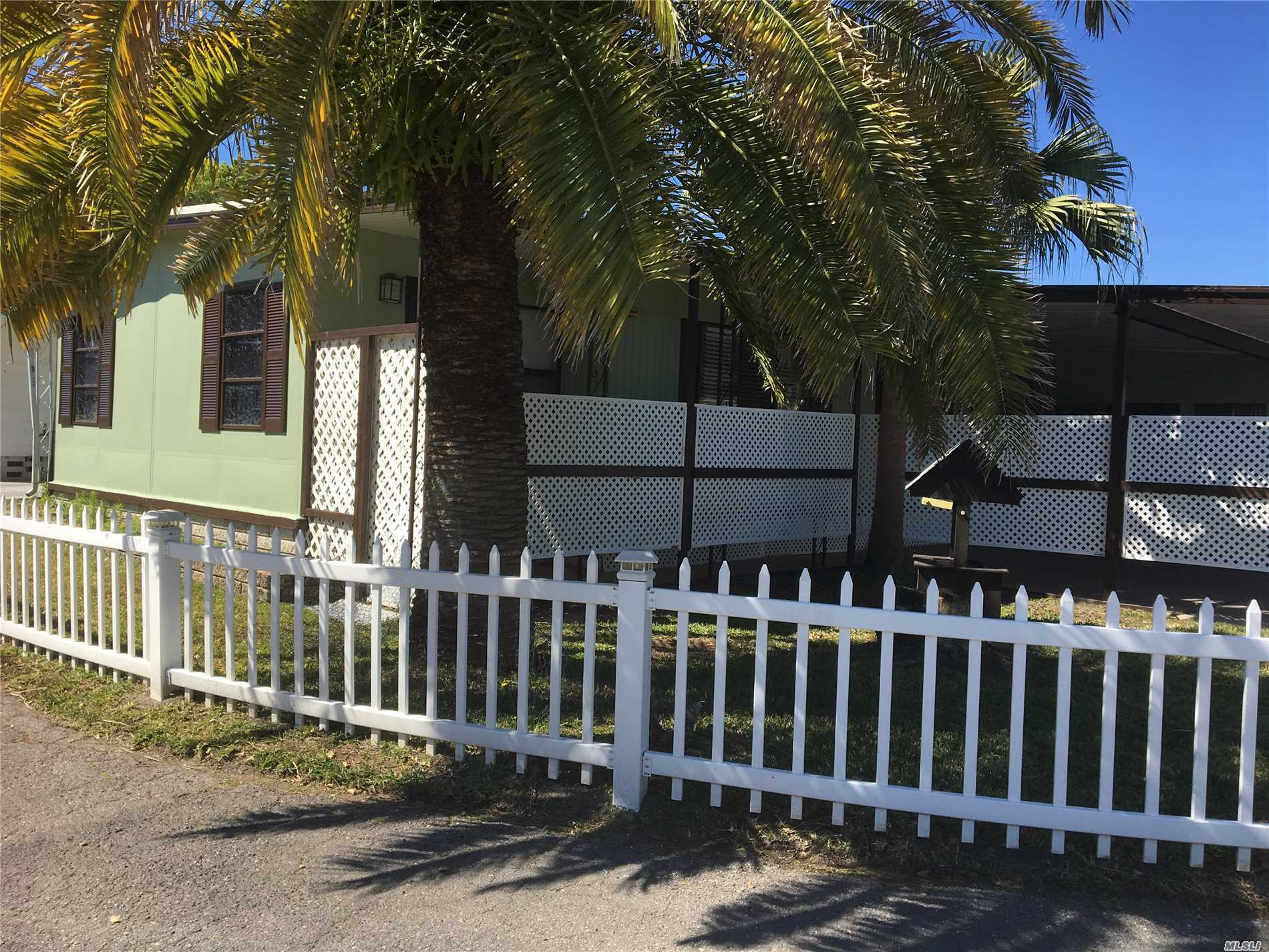 Photo of home for sale at 7444 Segundo Ave, New Port Richey FL