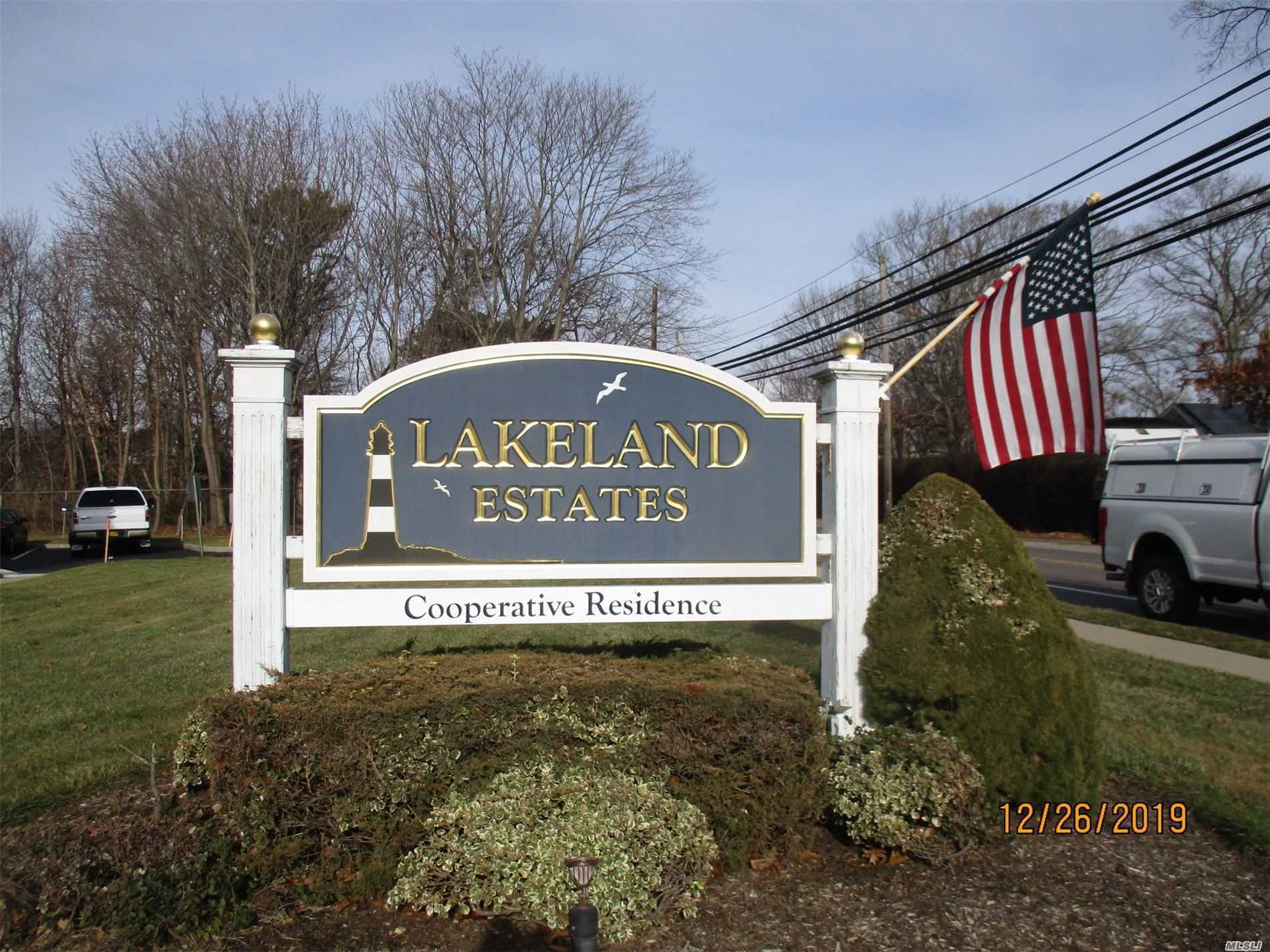 Property for sale at 350 Lakeland Ave Unit 7 A, Sayville,  New York 11782