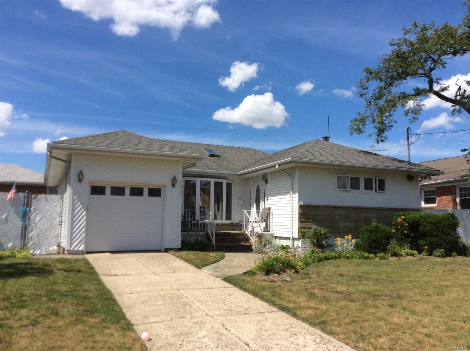 Photo of home for sale at 95-07 161st Ave, Howard Beach NY