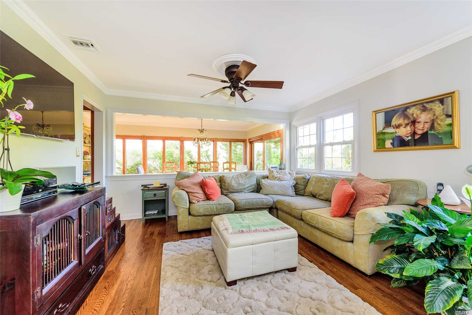Photo of home for sale at 313 Raymond St, Rockville Centre NY