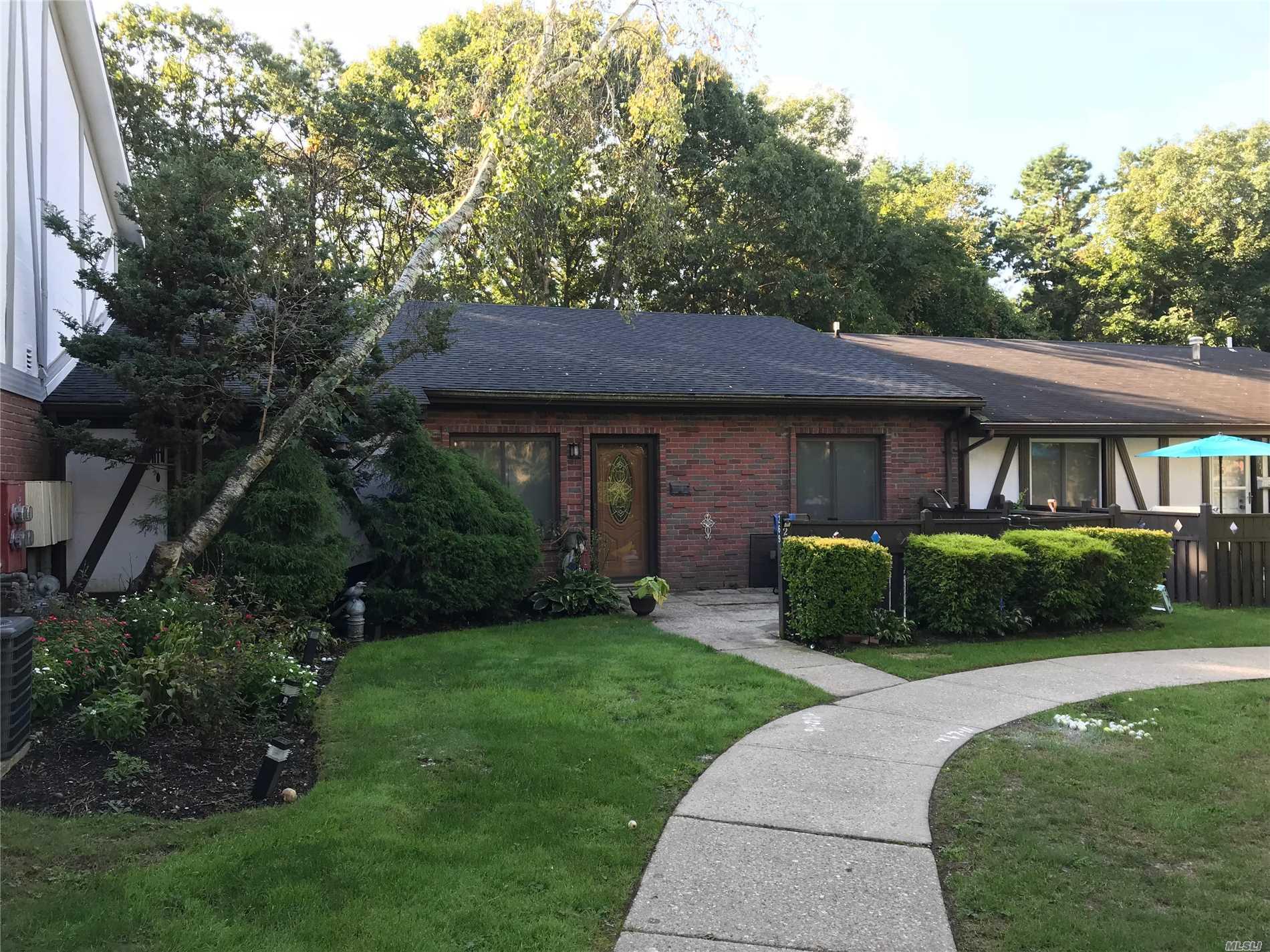 Property for sale at 269 Birchwood Rd, Medford,  NY 11763