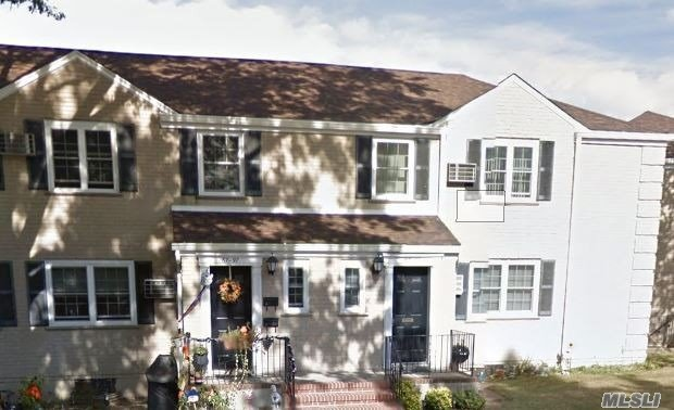 Photo of home for sale at 67-97 223rd Pl, Oakland Gardens NY