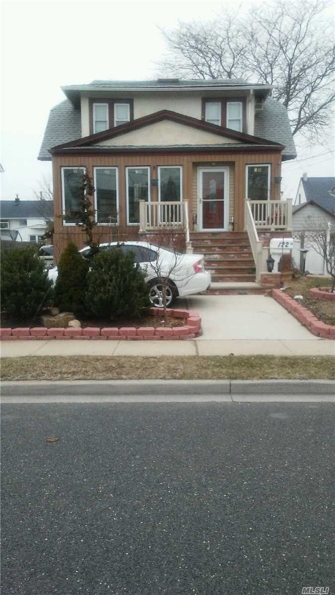 Photo of home for sale at 122 Westside Ave, Freeport NY