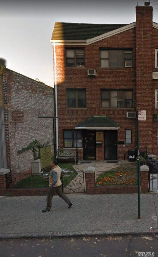 Photo of home for sale at 40-41 75th St, Elmhurst NY