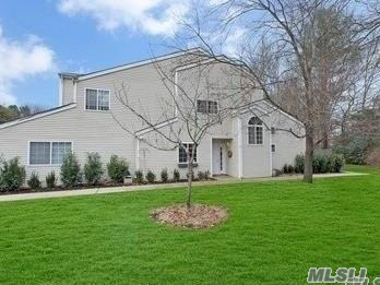 Property for sale at 117 Owls Nest Ct, Manorville,  NY 11949