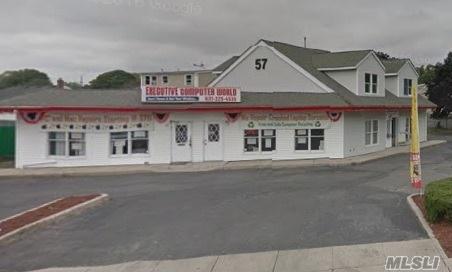 Photo of home for sale at 57 Sunrise Hwy W, Lindenhurst NY