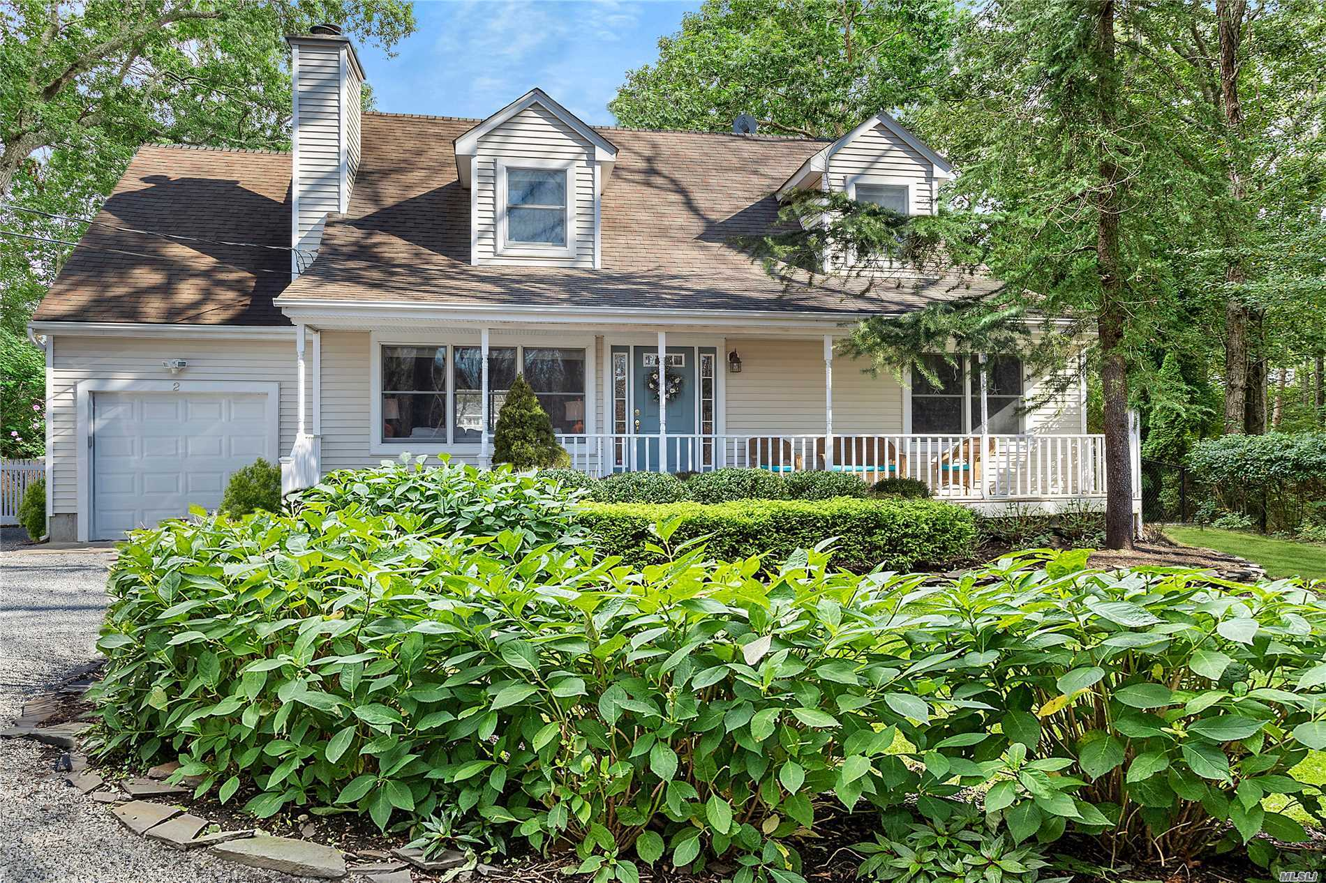 Photo of home for sale at 2 Highland St, Westhampton NY