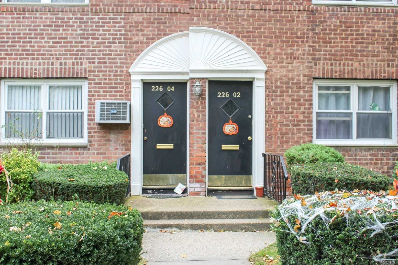 Photo of home for sale at 226-02 Kingsbury Ave, Bayside NY