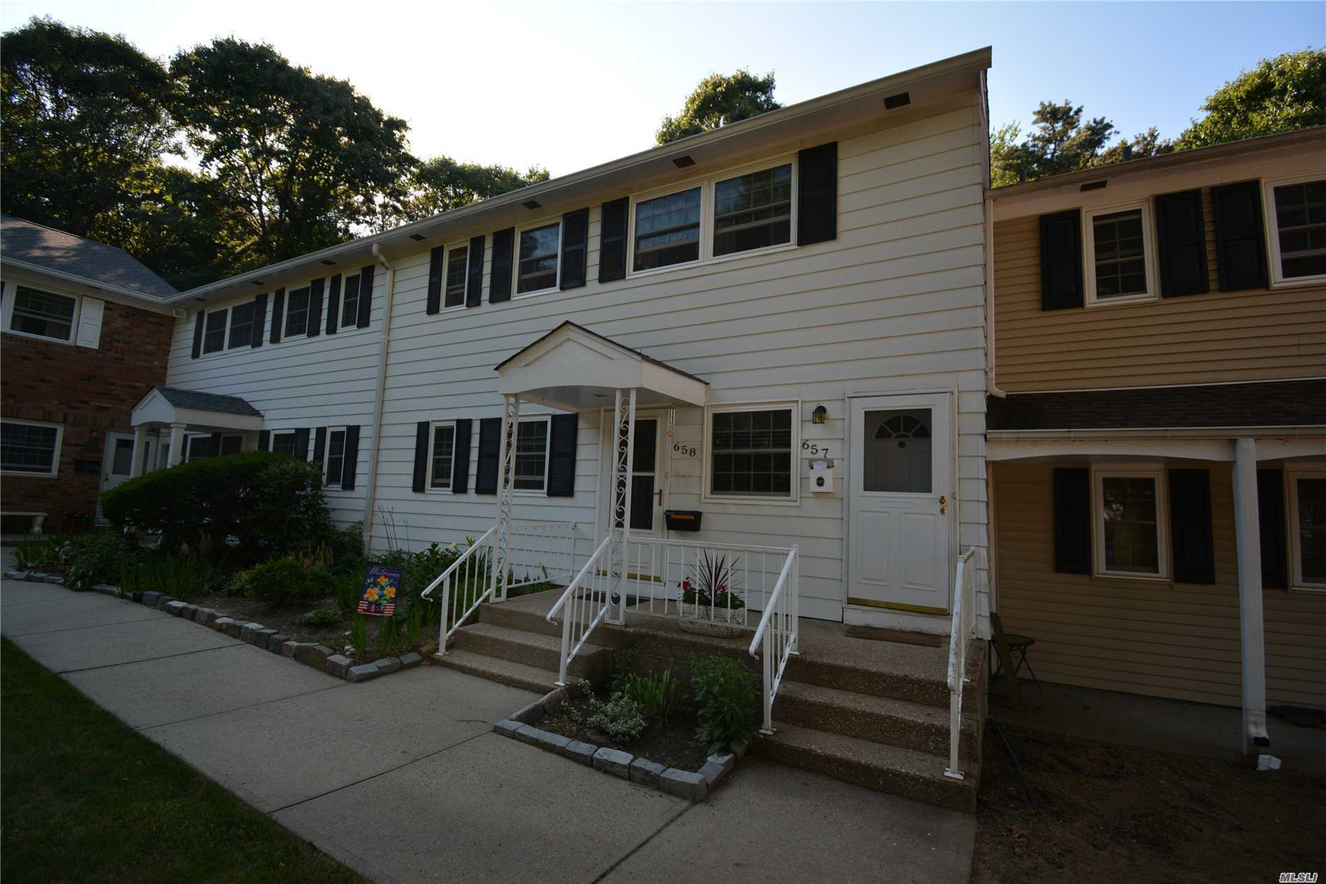 Property for sale at 657 Village Dr, Hauppauge,  NY 11788