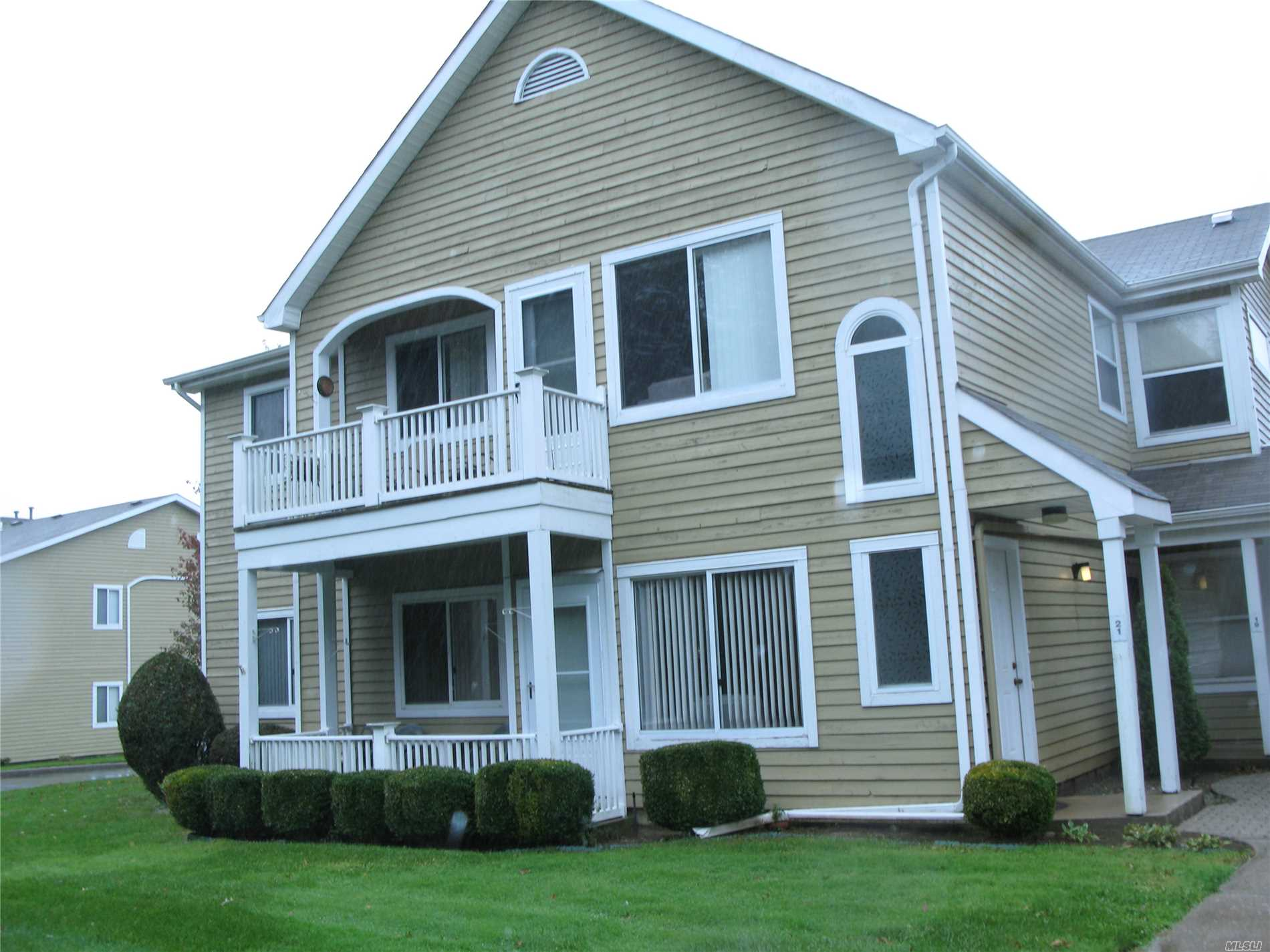Property for sale at 19 Eric Dr, Middle Island,  NY 11953