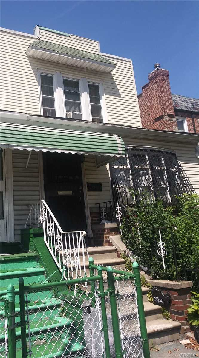 Photo of home for sale at 146 39 St E, Brooklyn NY