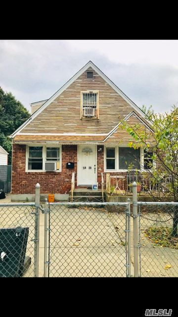 Photo of home for sale at 158-28 73rd Ave, Flushing NY