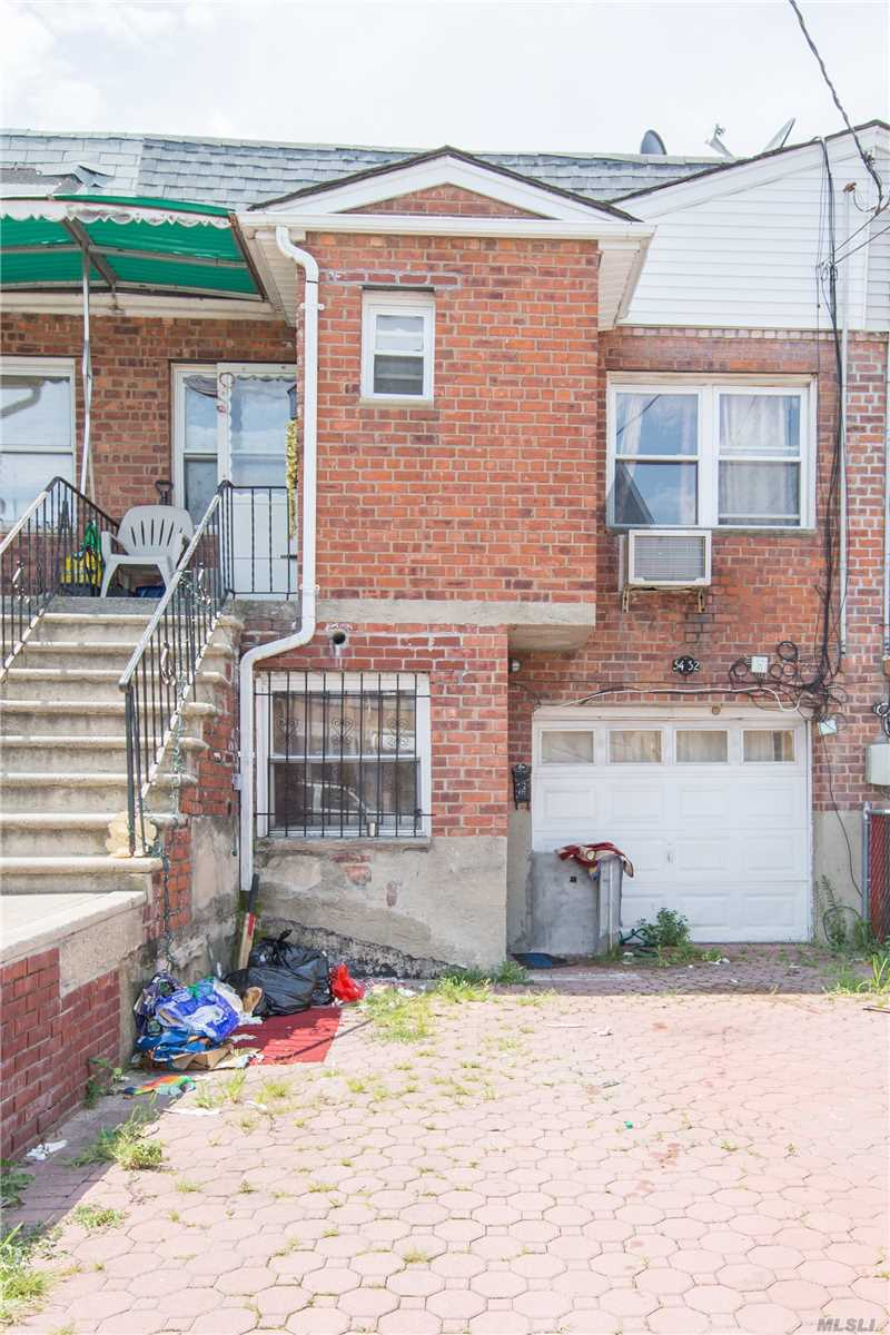 Photo of home for sale at 54-32 153rd St, Flushing NY