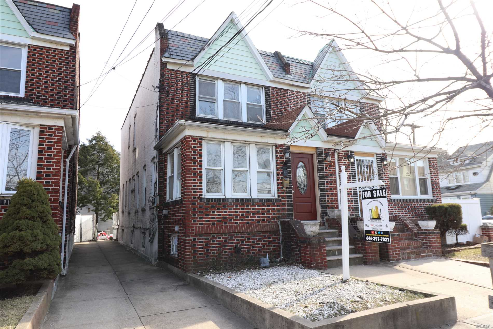 Photo of home for sale at 94-04 Pitkin Ave, Ozone Park NY