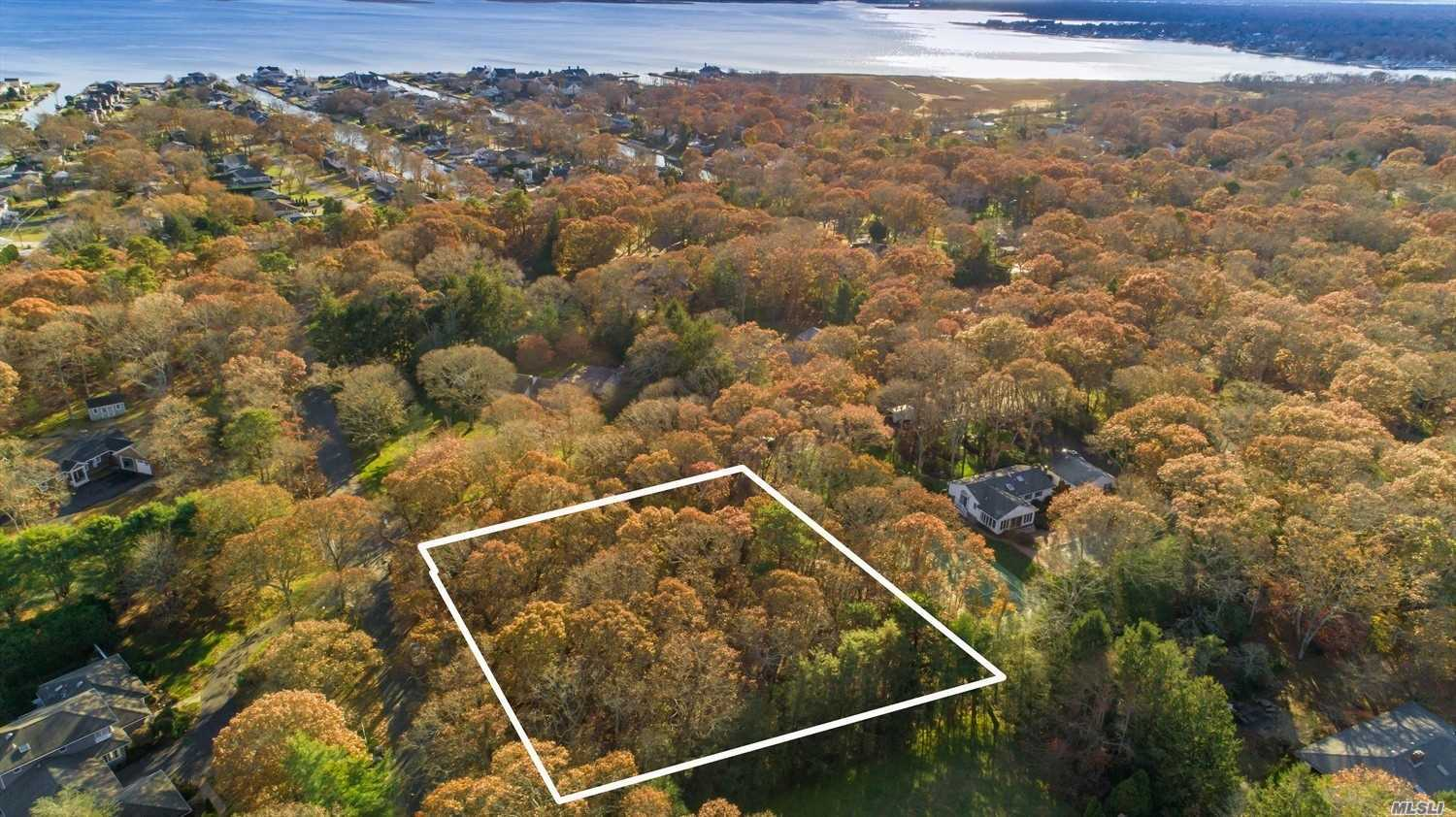 Photo of home for sale at 20 Groveland Ave, East Quogue NY