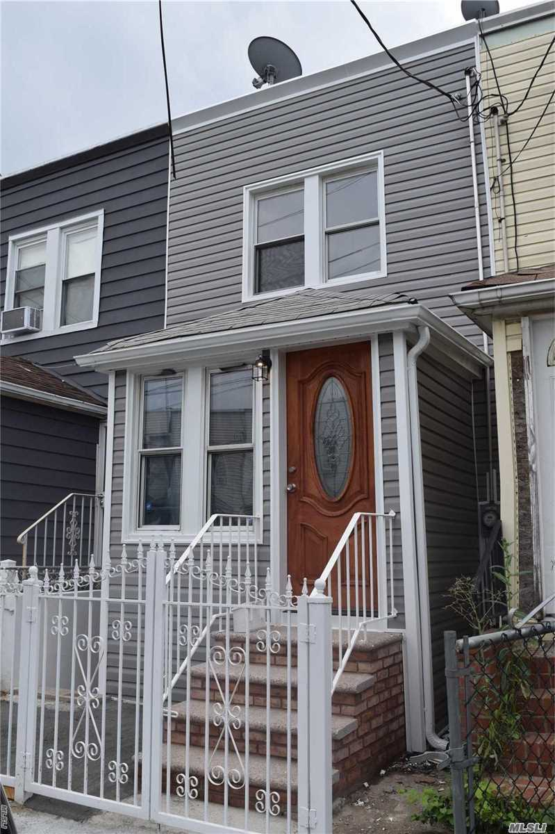 Photo of home for sale at 118-42 154th St, Jamaica NY
