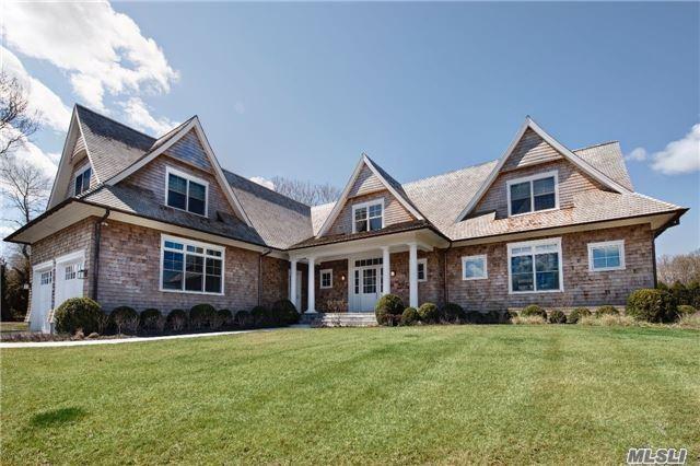 Photo of home for sale at 1 Sayre'S Ct, Bridgehampton NY