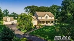 Photo of home for sale at 5807 Westphalia Rd, Mattituck NY