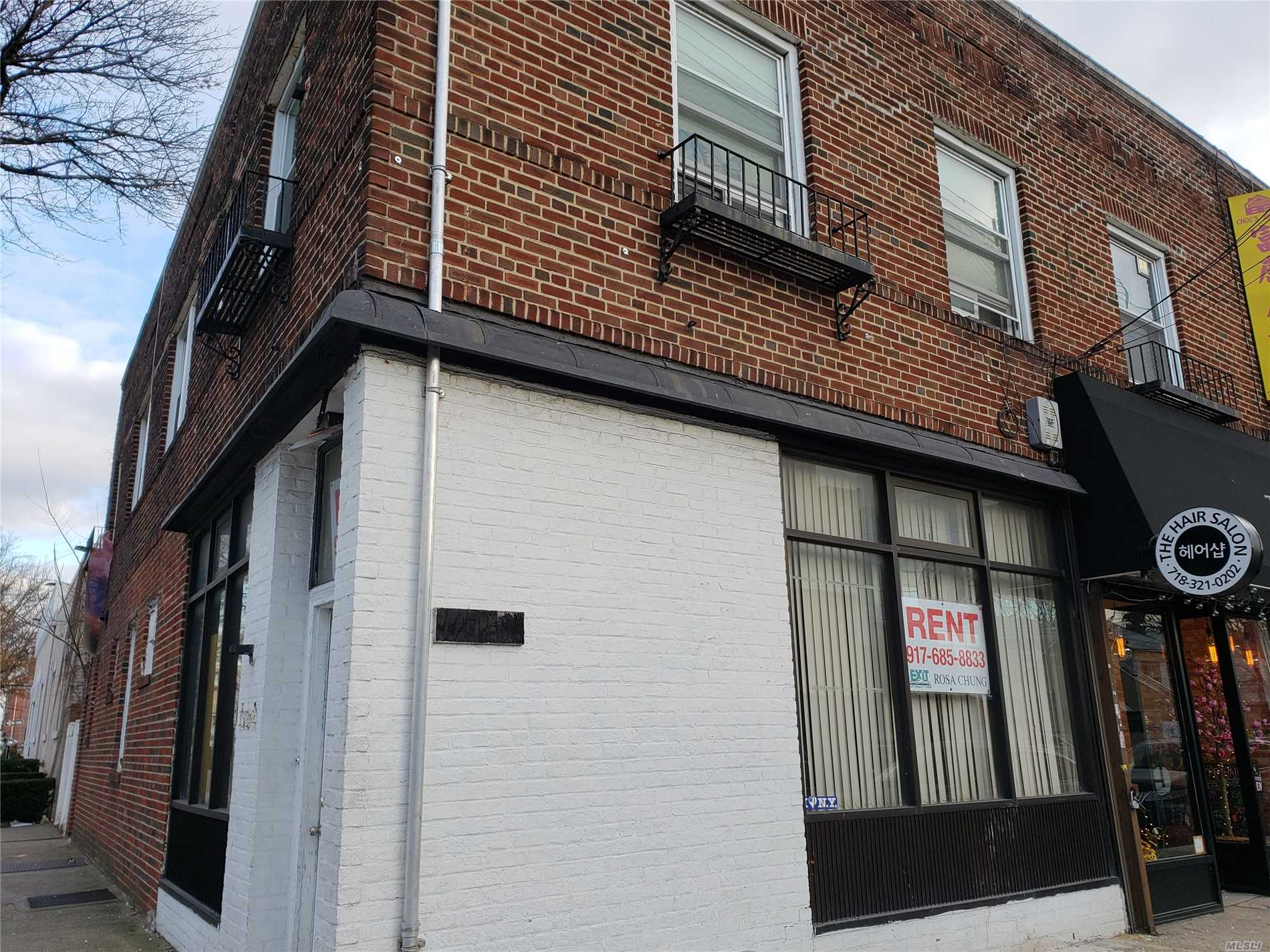 Photo of home for sale at 42-01 162 Street, Flushing NY