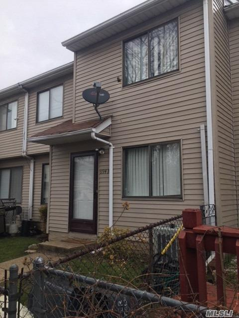 Photo of home for sale at 694A Elbe Ave, Staten Island NY