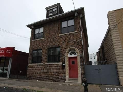 Photo of home for sale at 33-13 102nd St, Corona NY