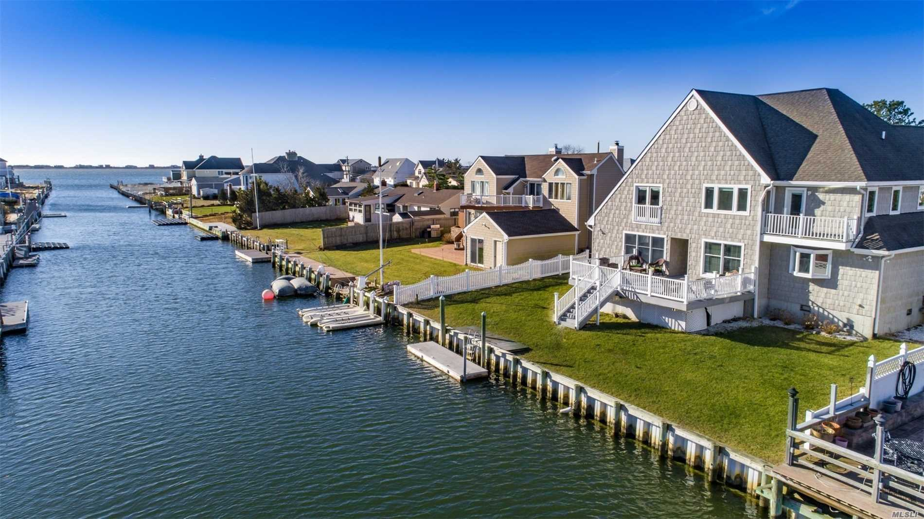 Photo of home for sale at 21 Marlin Rd, East Quogue NY
