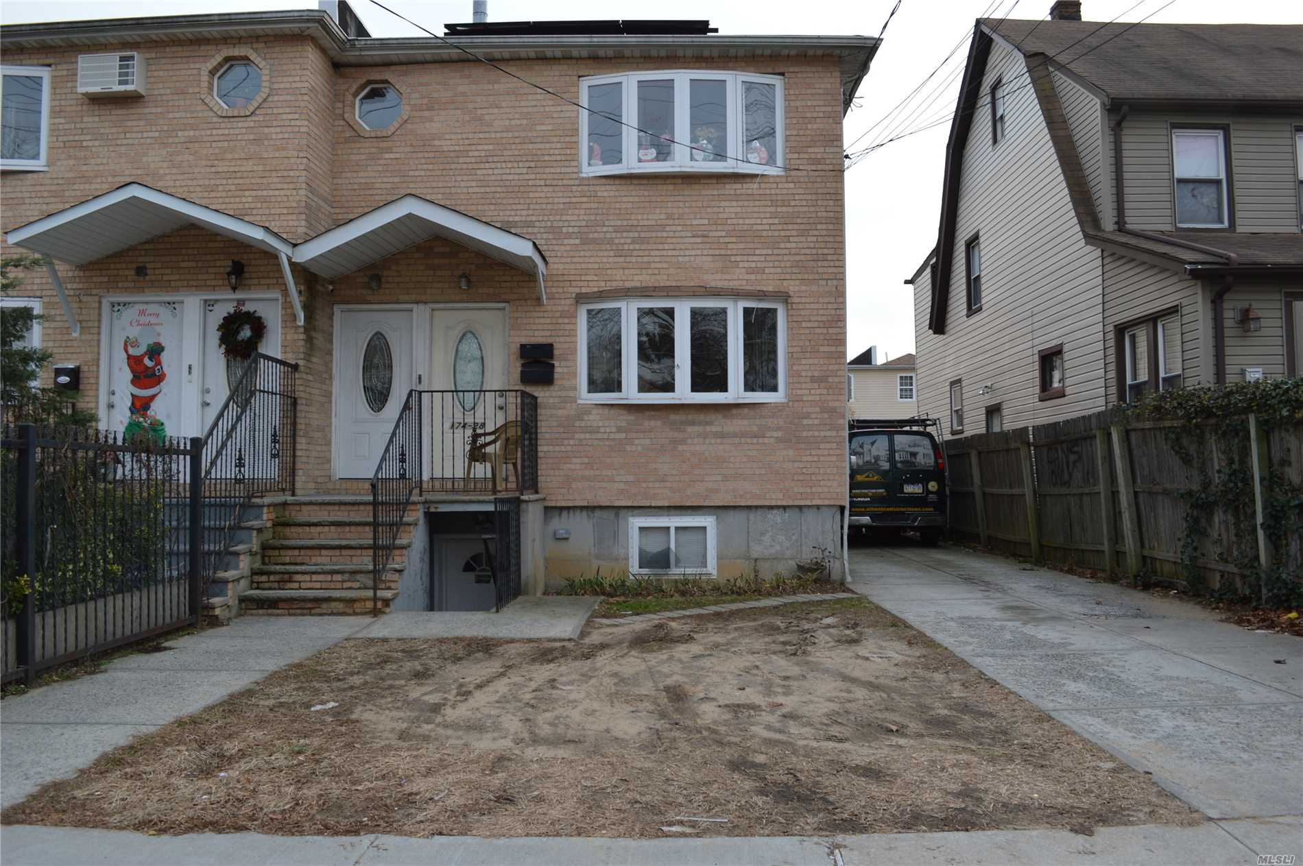 Photo of home for sale at 174-28 140 Ave, Jamaica NY