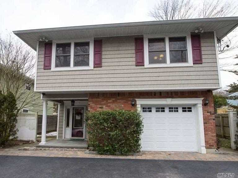 Photo of home for sale at 80 Waterside Rd, Northport NY