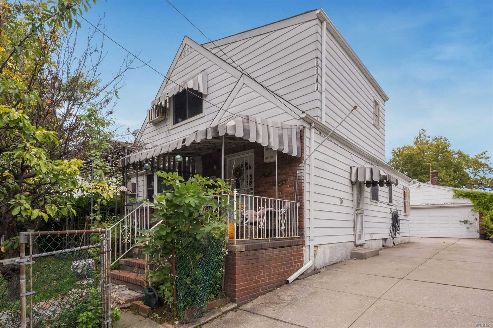 Photo of home for sale at 137-07 63rd Ave, Flushing NY