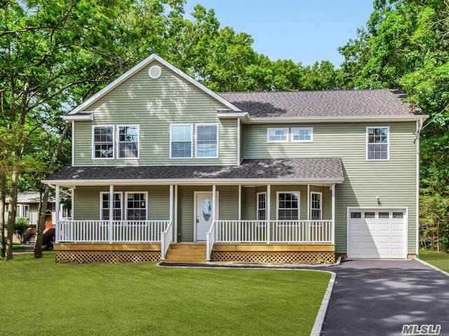Photo of home for sale at 88 Raynor Rd, Ridge NY