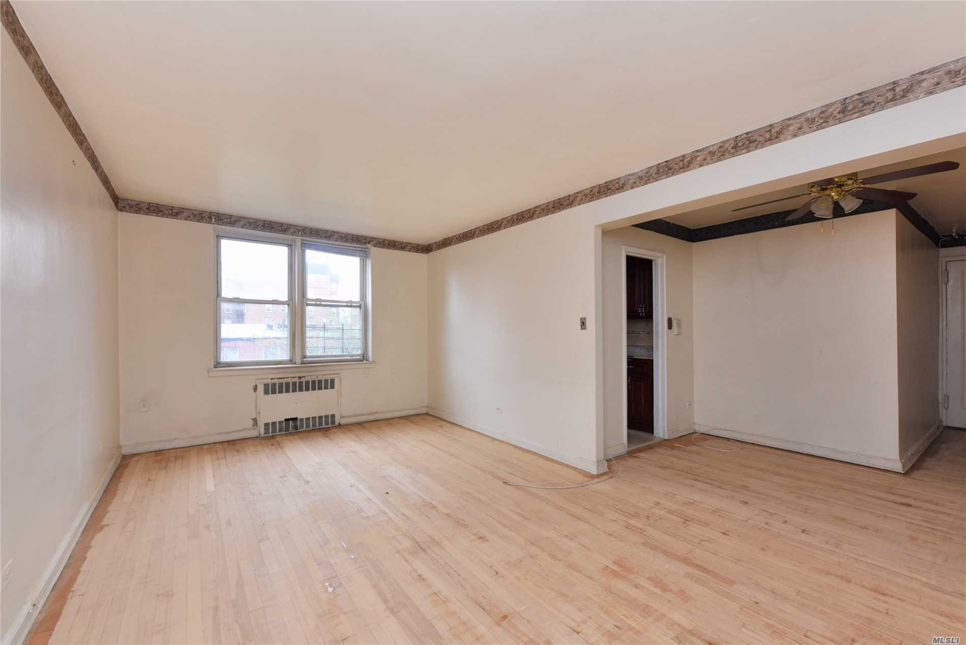 Photo of home for sale at 144-44 41Th Ave, Flushing NY