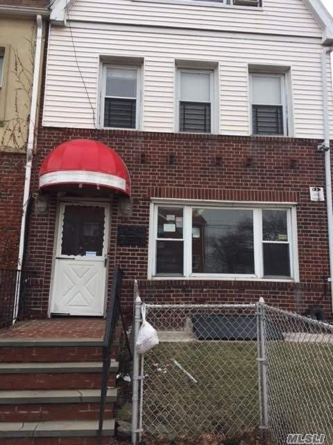 Photo of home for sale at 28-02 21 Ave, Astoria NY
